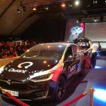 Photo d'une Tesla modèle X présenté à la nuit du hack
